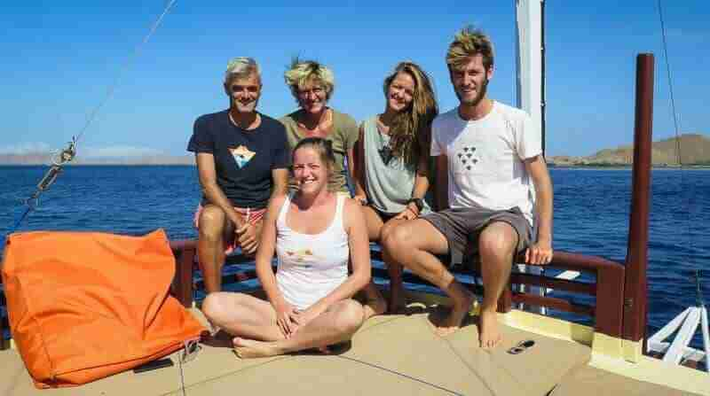 Family | Manta Rhei Dive Center Komodo