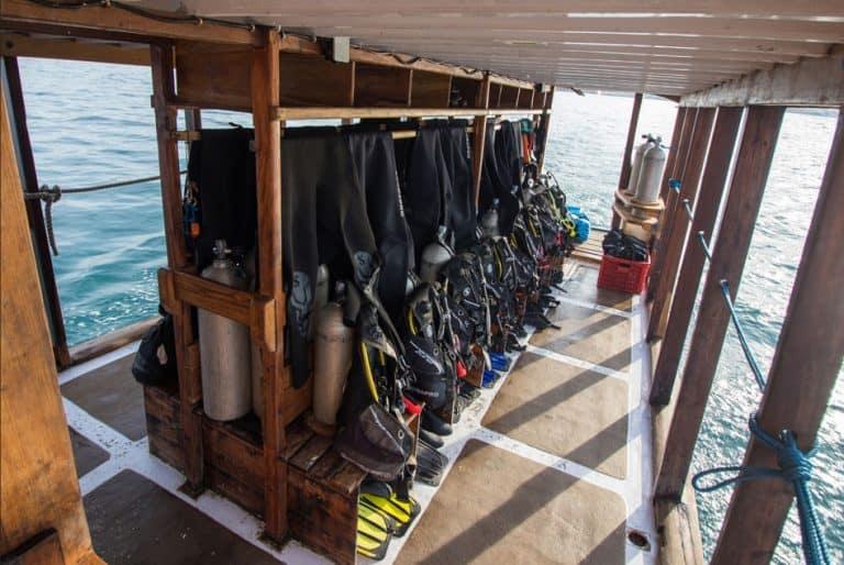 Day Trips Diving   Dive Deck   Manta Rhei Dive Center Komodo   Komodo Diving   Komodo Liveaboard