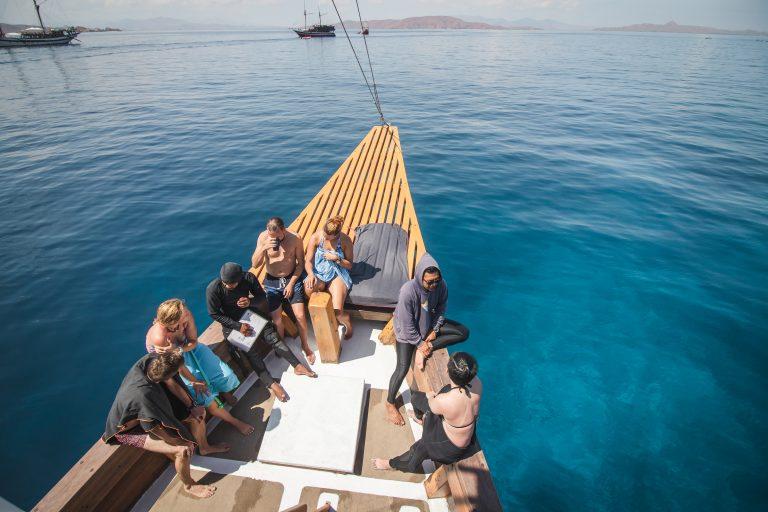 dive komodo boat