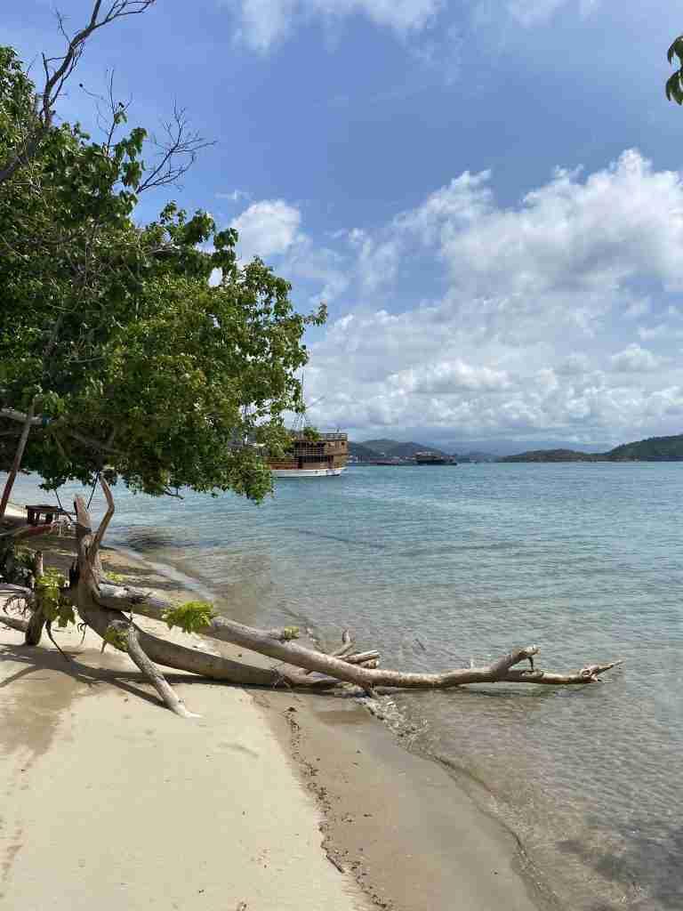 labuan bajo beach